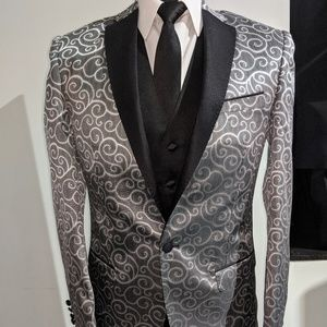 Silver Swirl 3pc Suit